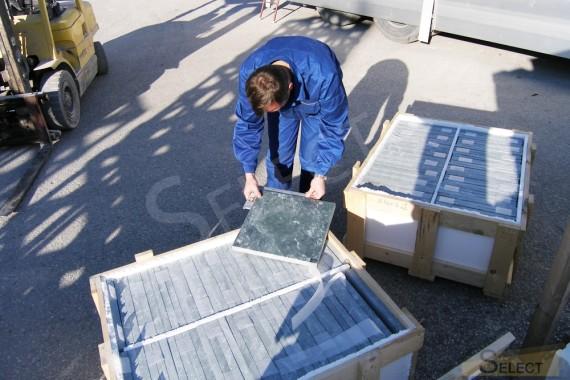 Контроль качества изготовления элементов из натурального мраморной плитки в Италии