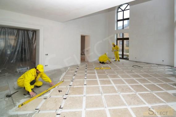 Фото правильно по рисунку с широким швом укладывать плитку в гостиной в коттедже в стиле модерн