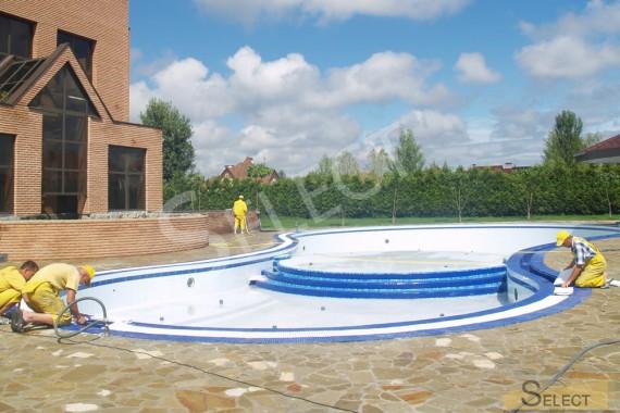 работы по укладке мозаики для бассейна в развлекательном комплексе
