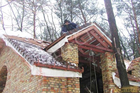 Фото накрытия крыши черепицой