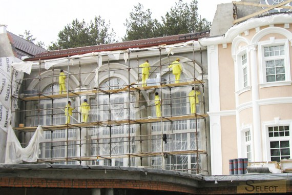 Facade works in the villa