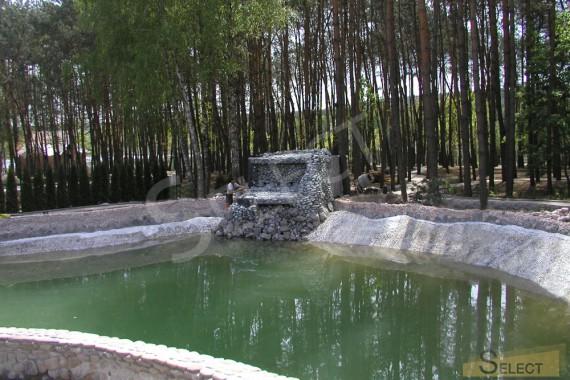 искусственый пруд. Строительство искусственого вордопада на другой стороне пруда