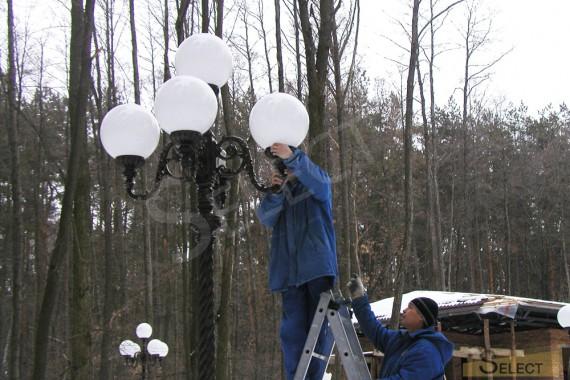 фото Установка ландшафтного освещение – Robers Leuchten, FMB Leuchten Schmiedeeisen, Moretti Luce, Albert Leuchten