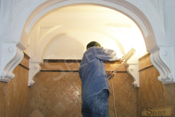 Renovation work on the installation of arched vaults in the Roman style