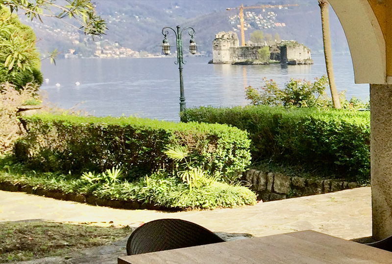robers_1 alternative text